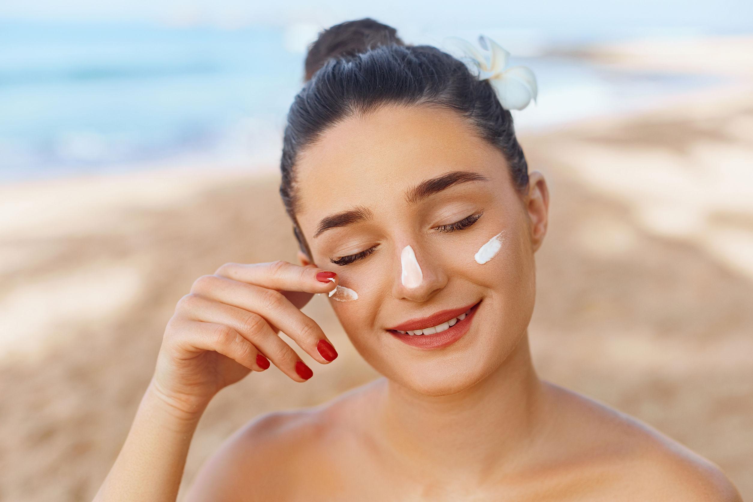 Protector solar para piel grasa: ¿Cuál es el mejor del 2021?